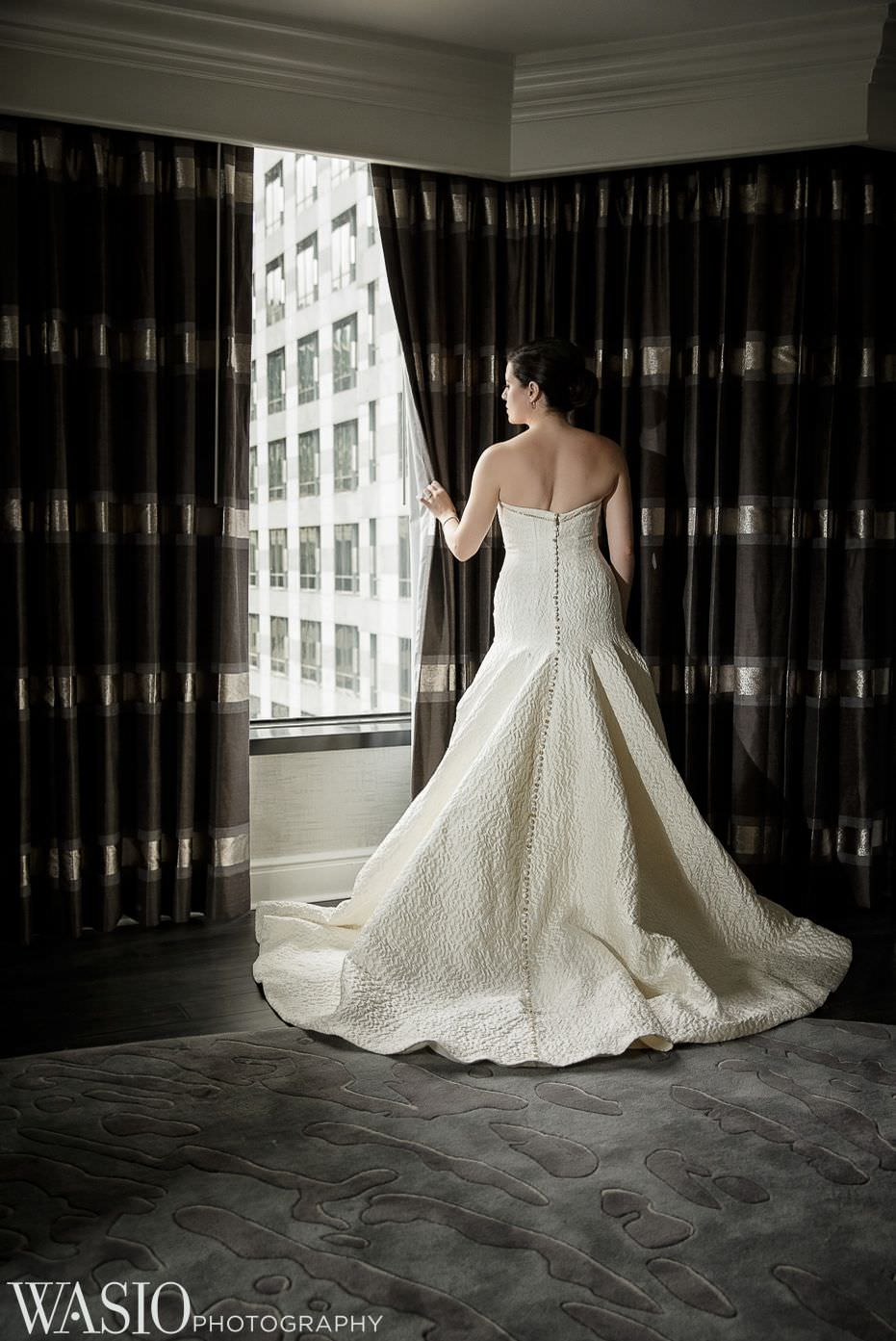 renaissance-chicago-downtown-hotel-wedding-perfect-mira-couture-dress-69 Renaissance Chicago Downtown Hotel Wedding - M & M
