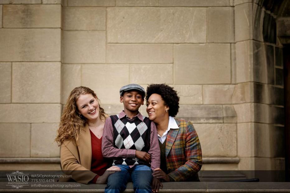 same-sex-engagement-fun-family-photo-_42-931x620 University of Chicago same sex engagement - Olivia + Givonna