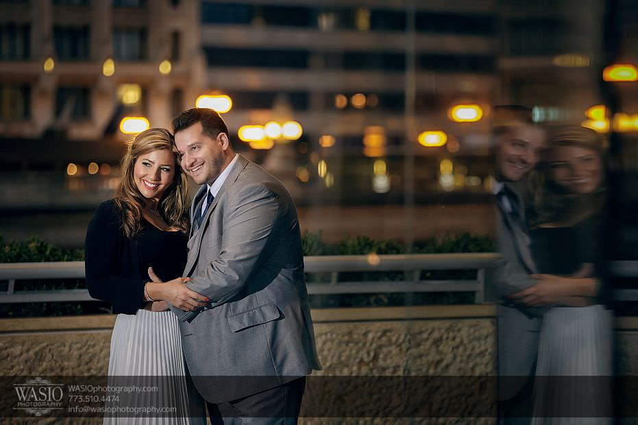 sunset-engagement-photos-Chicago-Trump-tower-reflection-beautiful-fun-hug-173 Sunset Engagement Photos - Christy + Nicky