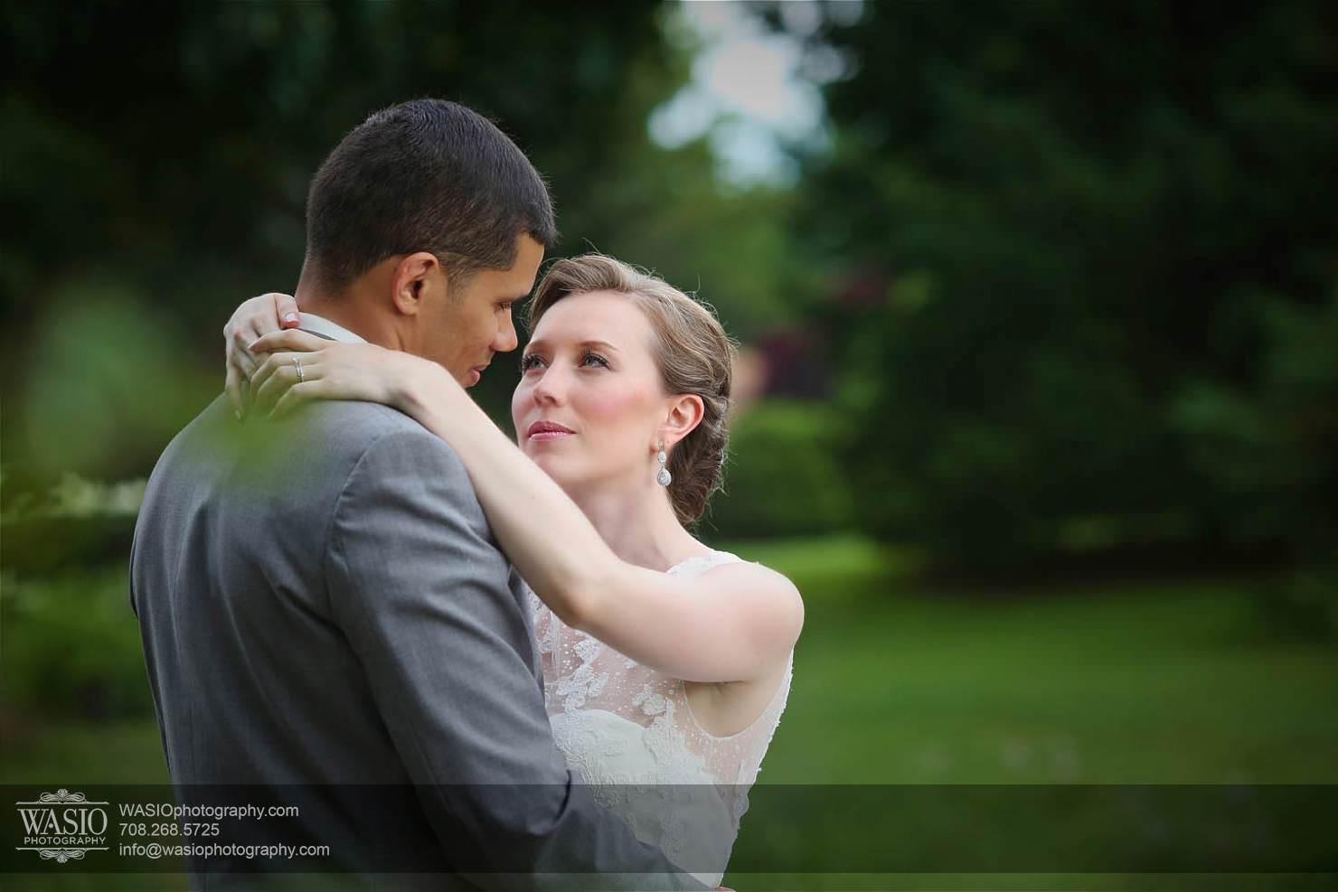 wedding-couple-love-bride-groom-summer Chevy Chase Country Club Wedding - Elizabeth & Michael