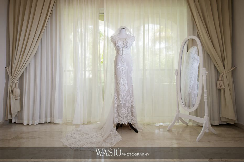 wedding-dress-high-end-couture-designer-Berta-Bridal-Berta-Baliti-destination-wedding-gown-34 We Need Your Vote for Best of Wedding Dresses