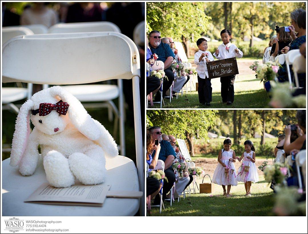 wedding-photography-in-indiana-081-flower-girls-outdoor Wedding Photography in Indiana - Natalie + Jae